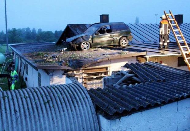A világ érdekes autó baleset furcsa szokatlan