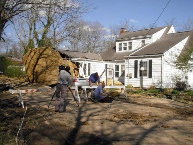 A világ érdekes Ohio Athén szikla ház autó baleset