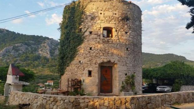 Horvátország torony felújítás