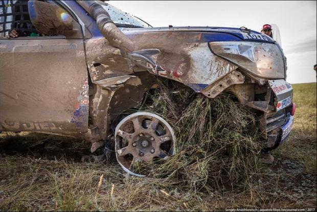 A világ érdekes Rallye verseny defekt