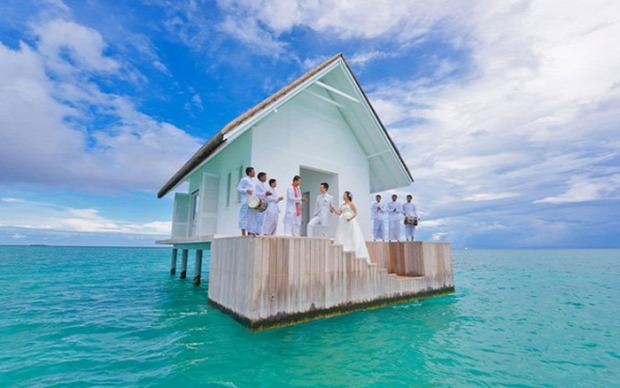 A világ érdekes esküvő terem házikó cölöp Indiai-óceán Maldív-szigetek