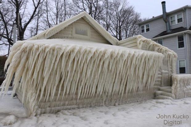 A világ érdekes nyaraló kunyhó jég vihar ontario-tó
