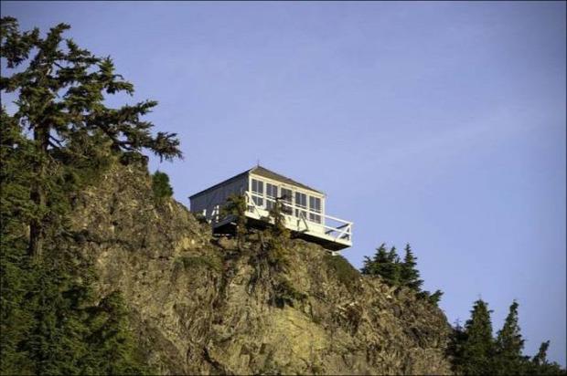a világ érdekes USA Washington erdő kunyhó tűz