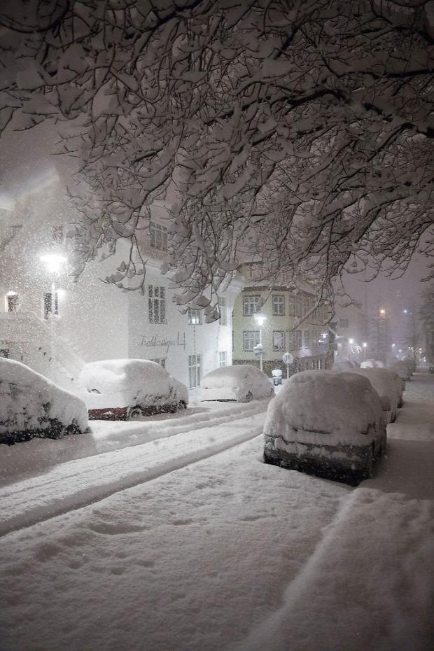 A világ érdekes Izland hóvihar hó rekord
