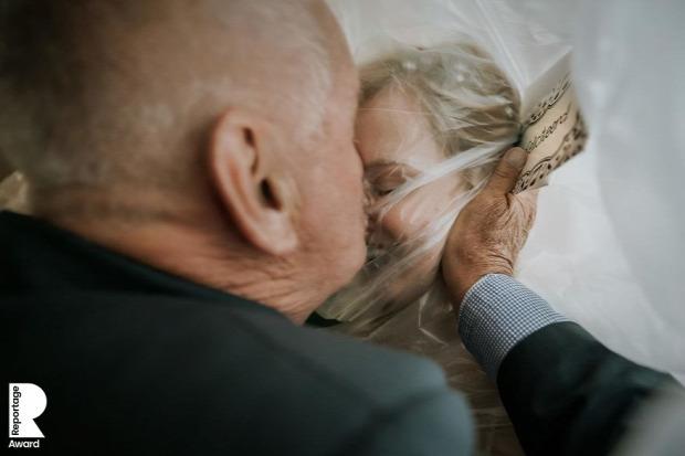 járvány  esküvő dij verseny