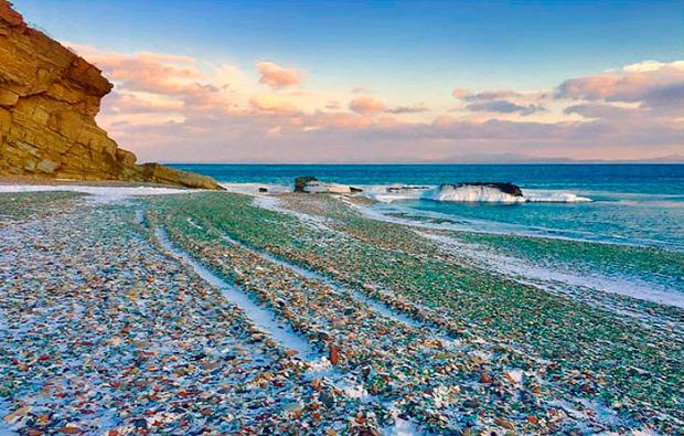 Szibéria Oroszország Vlagyivosztok Usszuri-öböl üveg kavics föveny tengerpart