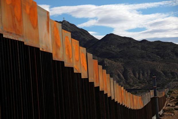 A világ érdekes határ kerítés USA Mexikó