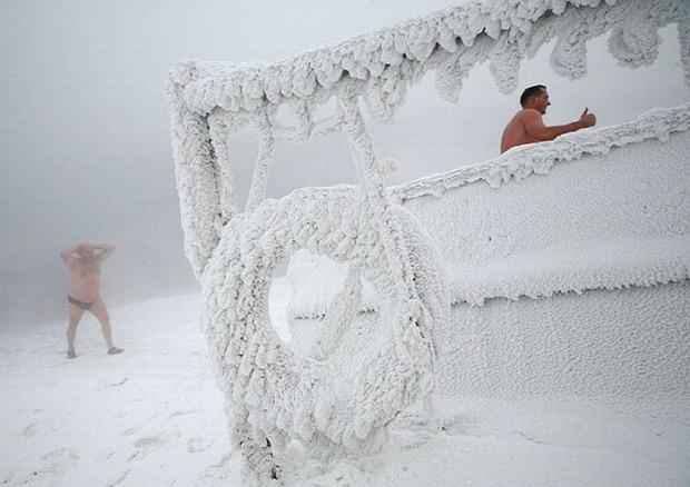 A világ érdekes tél Szibéria úszás Krasznojarszk Jenyiszej