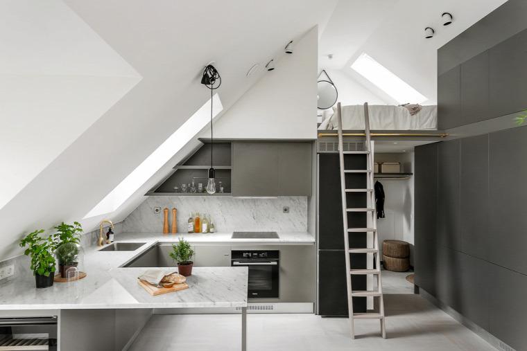 kis terek kis lakás garzon skandináv stlílus fekete szürke fekvőgaléria háló galéria modern stílus