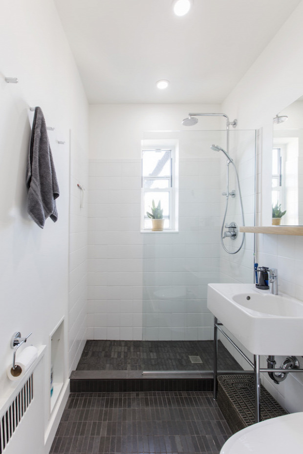 felújítás átalakítás otthonos világos fehér falak sötét falak inspiráció lakberendezés nagyvilág
