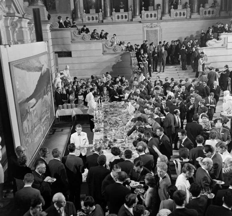 múzeumépítészet kultúrpolitika kiállítás Munkásmozgalmi Múzeum Néprajzi Múzeum Magyar Nemzeti Galéria
