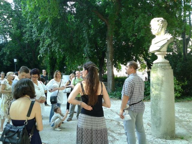 városi séta Nemzeti Múzeum MúzeumCafé folyóirat történelem kert irodalom