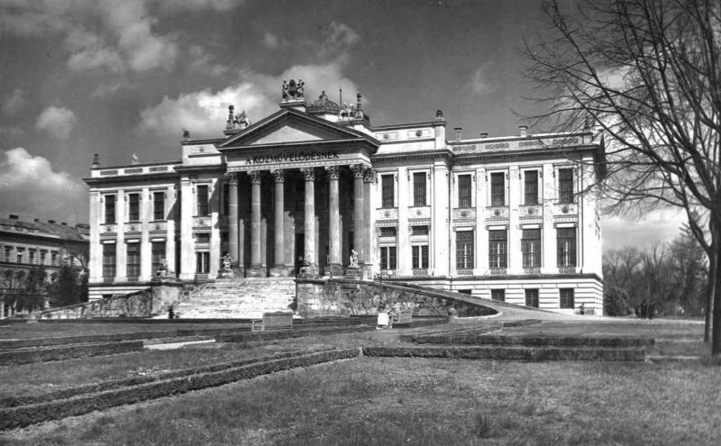 kultúrpolitika néprajz régészet természettudomány Nemzeti Múzeum Szépművészeti Múzeum
