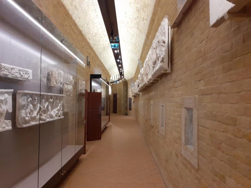 szobrászat művészettörténet múzeumépítészet restaurálás Román Csarnok Szépművészeti Múzeum