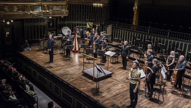 Bella Máté, Bogányi Bence és a Münchener Kammerorchester