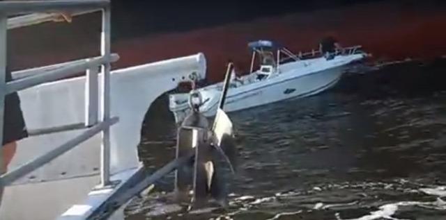 hajó víz tanker találkozás fail veszélyes videó