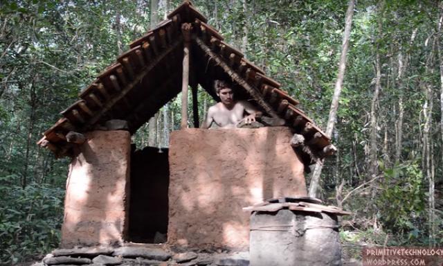 primitív technológia agyag égetett cserép tradicionális építkezés agyag kunyhó
