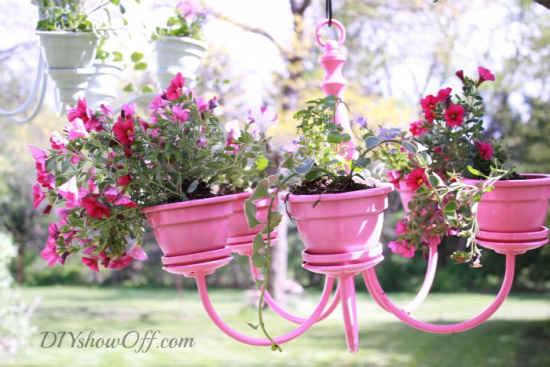 40+ Creative DIY Garden Containers and Planters from Recycled Materials 5