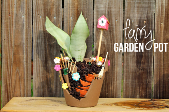 40+ Creative DIY Garden Containers and Planters from Recycled Materials 13_1