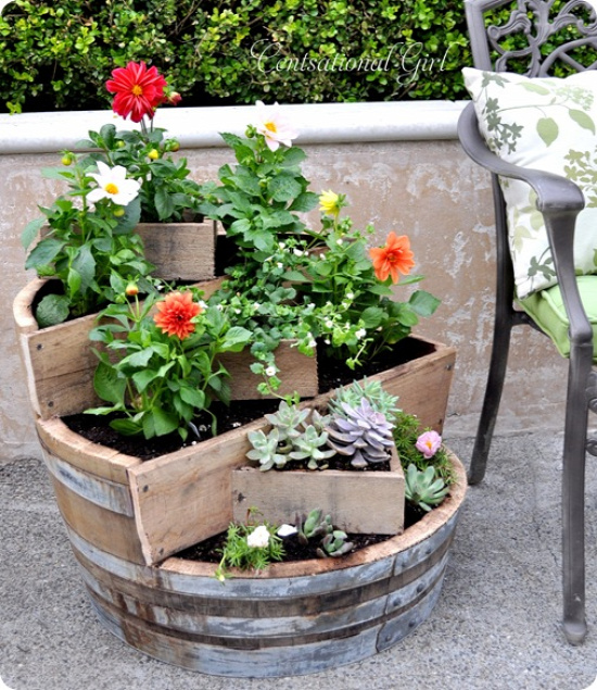 40+ Creative DIY Garden Containers and Planters from Recycled Materials 18