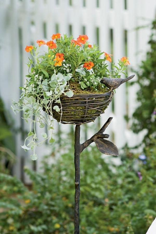 Bird Nest Planter- on my wish list
