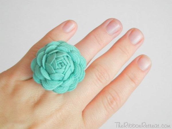 Ric Rac Rose Ring