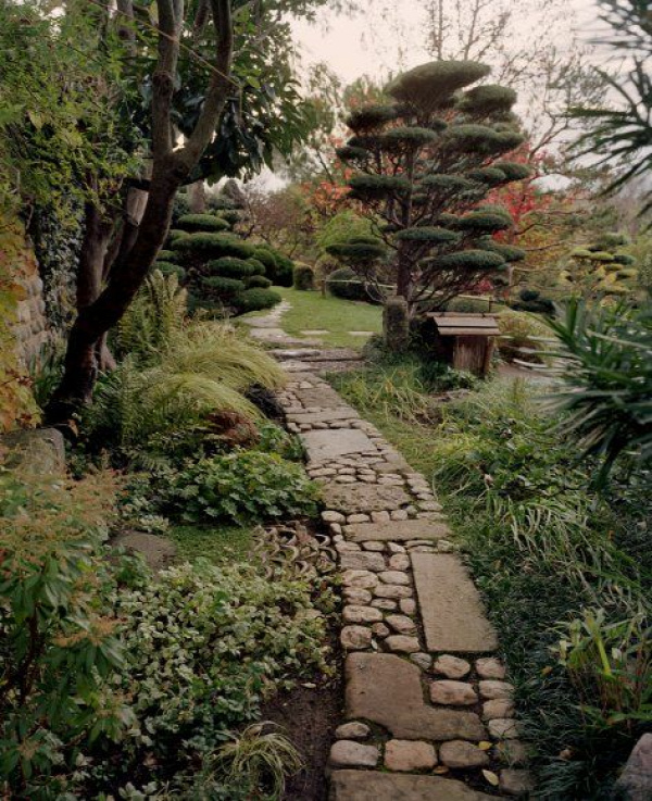 Over 100 Landscaping Design Ideas  http://www.pinterest.com/njestates1/landscaping-design-ideas/  Thanks to http://www.njestates.net/real-estate/nj/listings