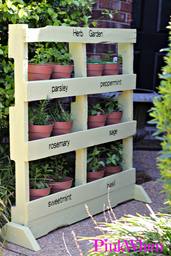 35+ Creative DIY Herb Garden Ideas --> DIY Vertical Pallet Herb Garden