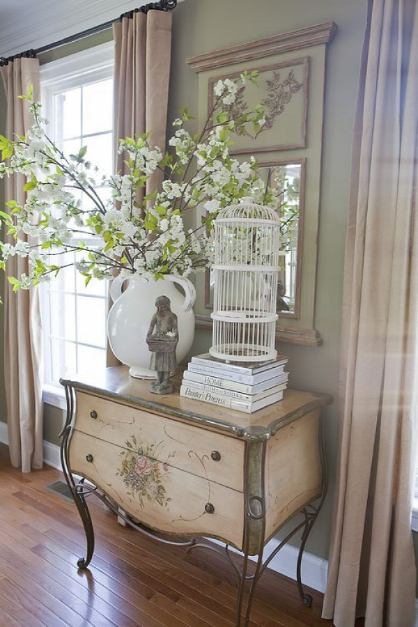 DIY pottery barn arrangement copycat. Cute idea for summer decorating touches. Love the birdcage.
