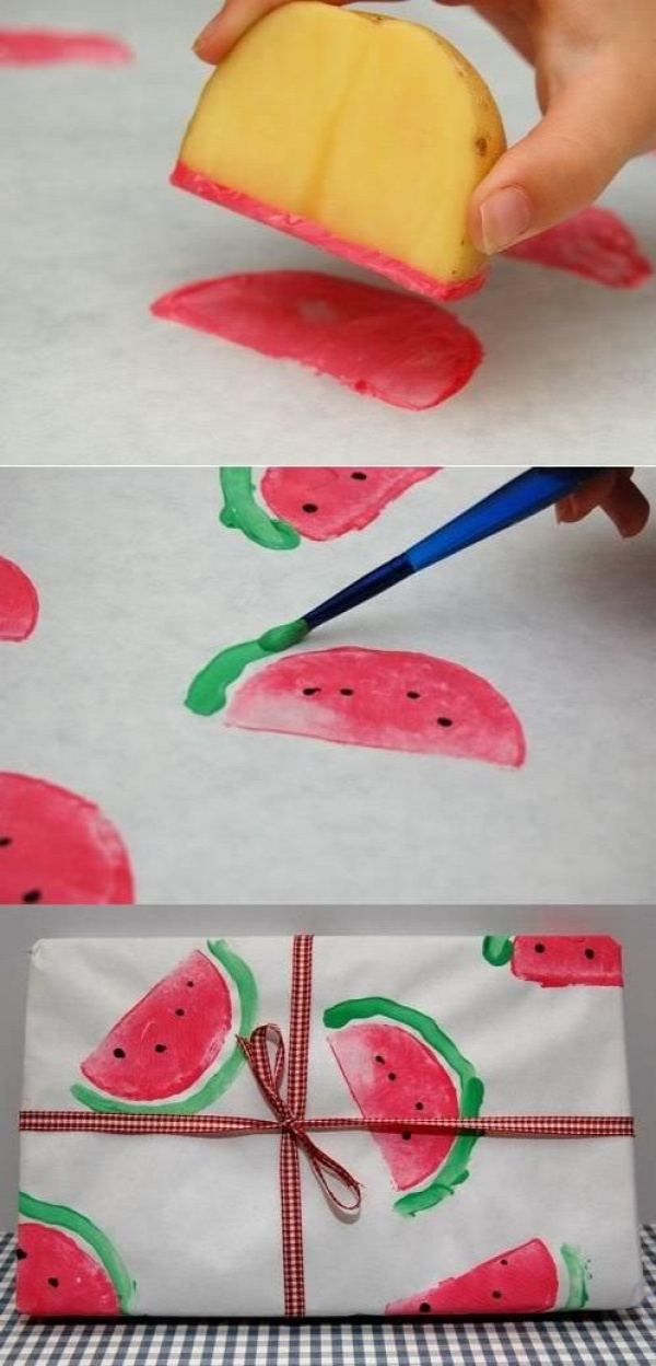 DIY wrapping paper using potato printing. Sweet! #DIY