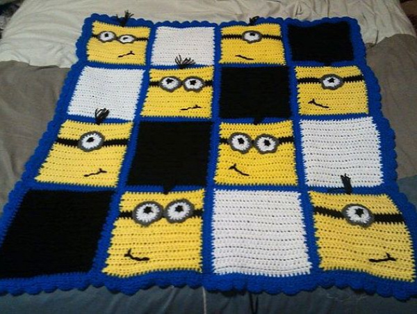 Minion inspired blankets  Not sure I could knit/crochet this, but I'm thinking a quilt would be easier!!