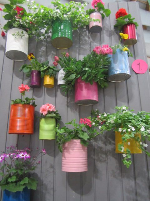 Recycled cans and little bit paint, so colorful
