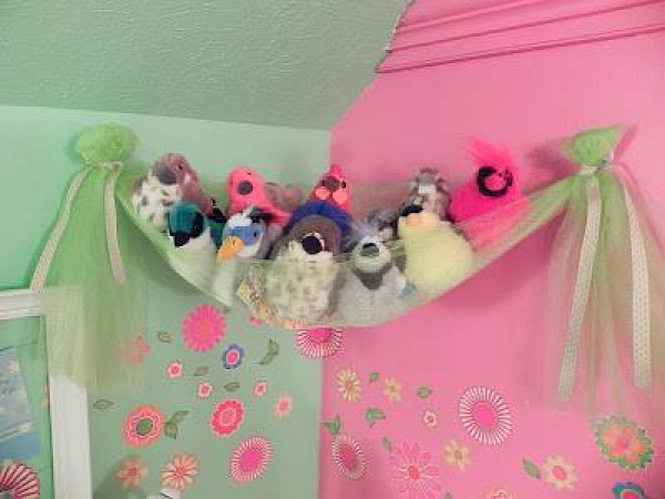 20+ Creative DIY Ways to Organize and Store Stuffed Animal Toys --> A Fancy 'Bird's Nest'