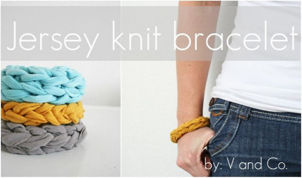 40+ Creative Ideas to Repurpose and Reuse Your Old T-shirts --> DIY Jersey Knit Bracelet