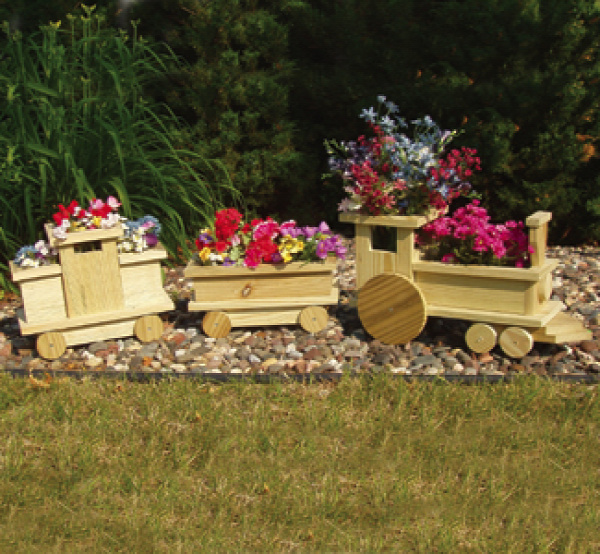 wood-train-planter3.jpg