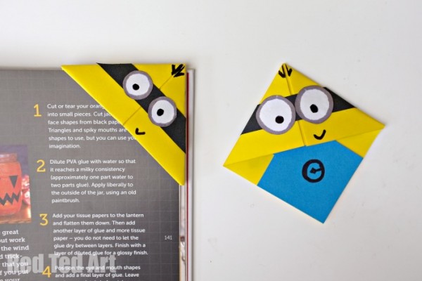 Easy and fun to make Minion Bookmarks - use basic origami skills to learn ow to make these fun minions
