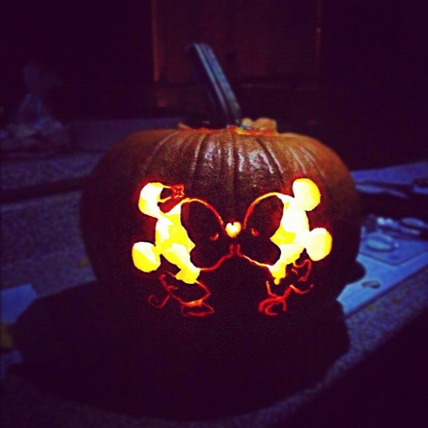 cute disney ideas: a DIY pumpkin carving is simple to do just print your favorite picture and stencil it on the pumpkin!