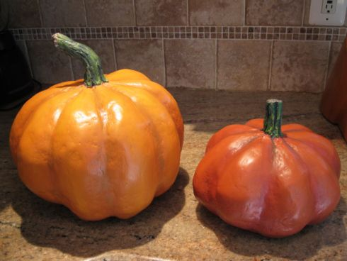 DIY Papier Mache Pumpkins