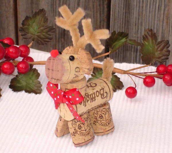 20-Brilliant-DIY-Wine-Cork-Craft-Projects-for-Christmas-Decoration1.jpg