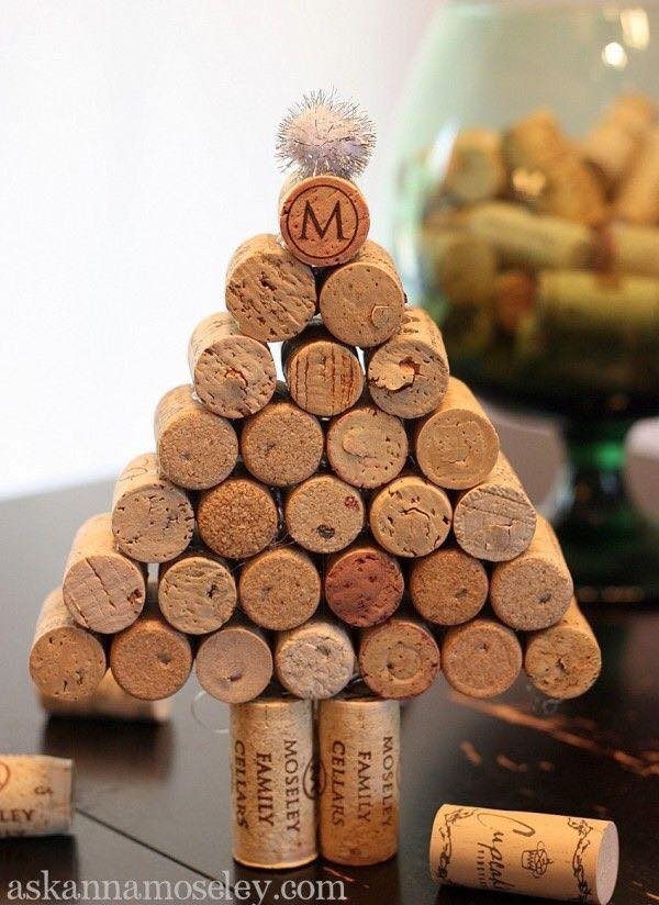 20-Brilliant-DIY-Wine-Cork-Craft-Projects-for-Christmas-Decoration9.jpg