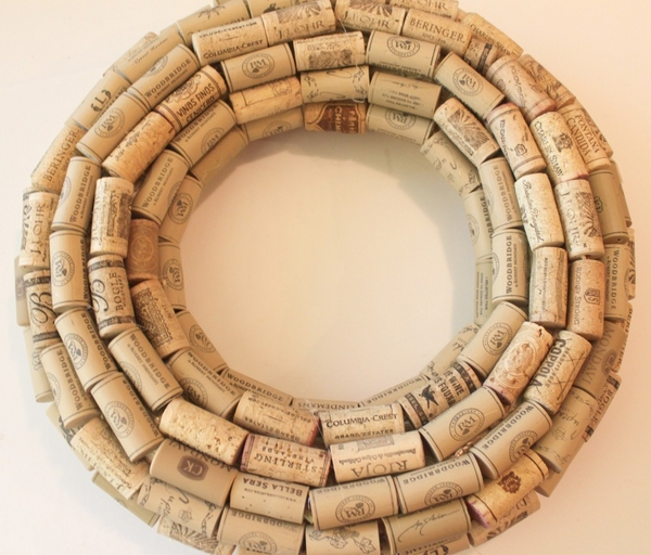how to make a cork wreath instructions step 2 cover the base