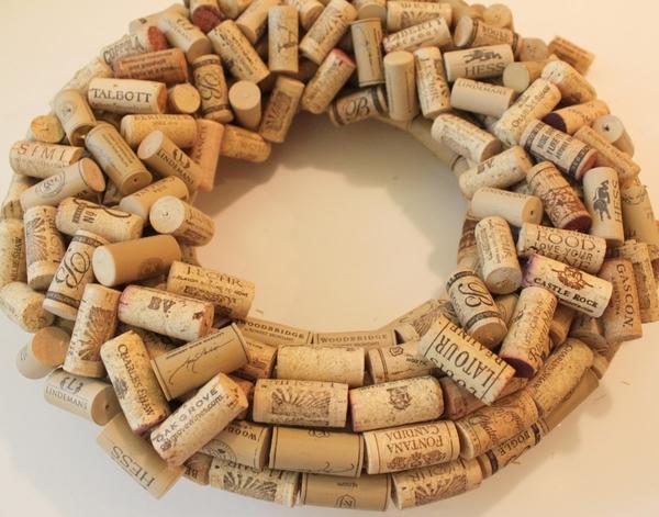 how to make a cork wreath instructions step 3 random pattern
