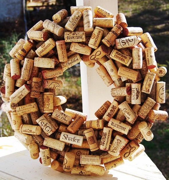 rustic christmas wine cork wreath diy christmas wreath ideas