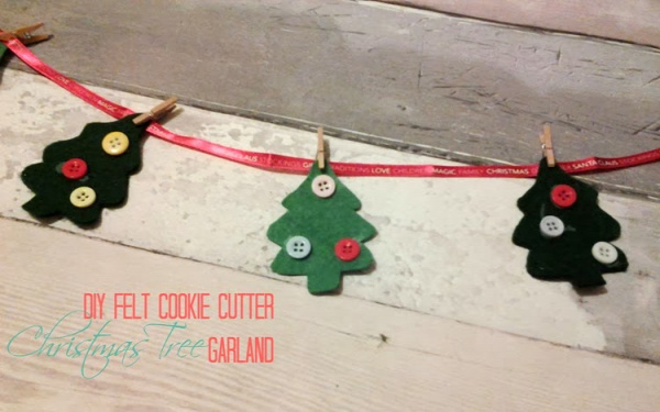 Things You Never Thought to Do With Christmas Cookie Cutters-DIY Felt Cookie Cutter Christmas Tree Garland