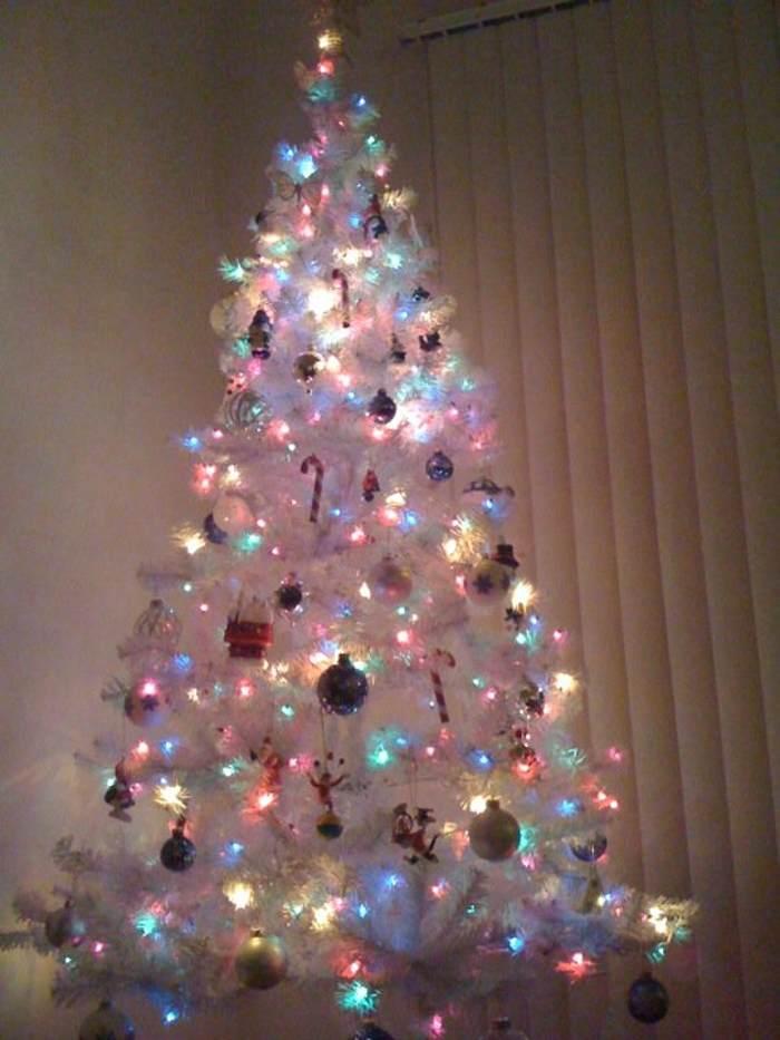 karácsony karácsonyfa fehér karácsonyfa dekoráció inspiráció