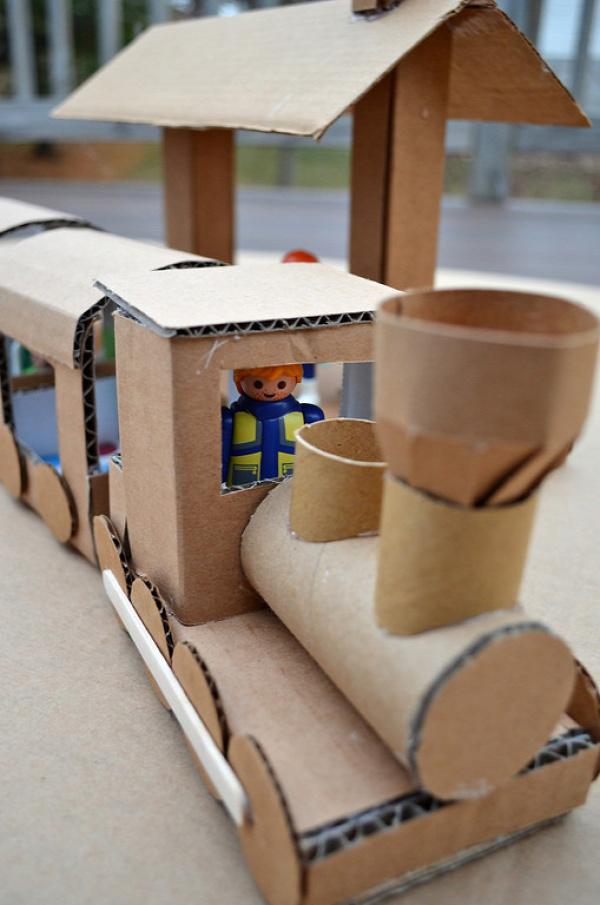 nyár karton kartondoboz újrahasznosítás