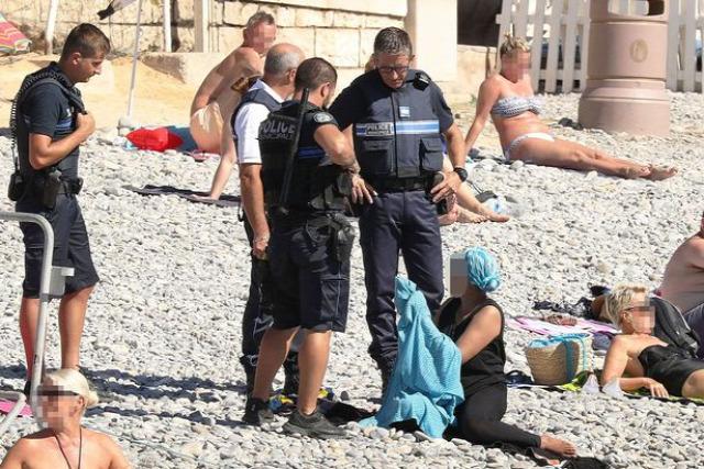 Franciaország francia terrortámadás terror politika Párizs burkini titkosszolgálatok