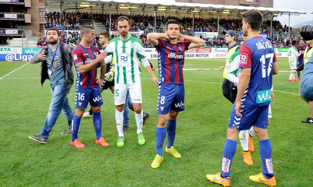 Eibar Mendilibar La Liga Garitano Barca Európa Liga Ipurúa