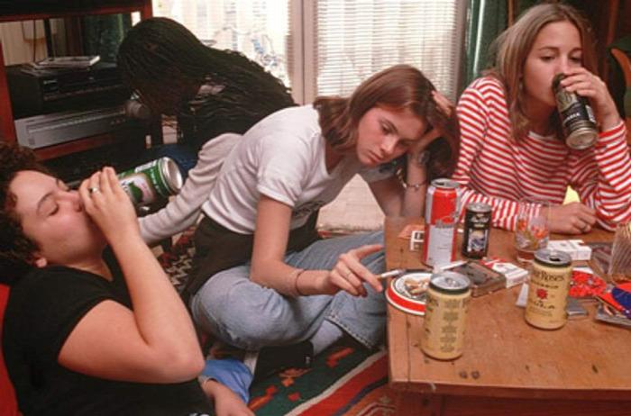 kamaszok önállósodás étkezés dohányzás junk food