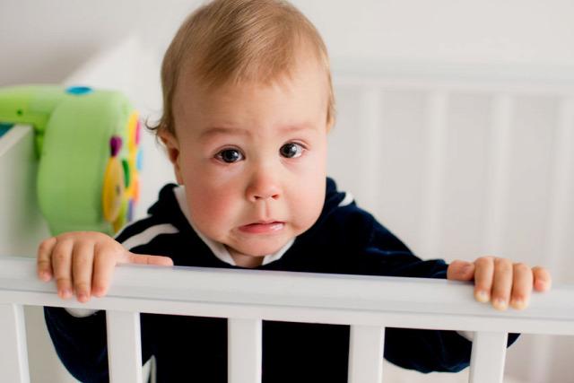 alvás altatás miért nem alszik a baba